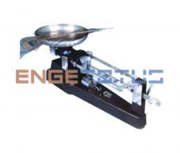 703100_balanca-mecanica-tipo-semi-roberval-capacidade-de-1-610-g-com-precisao-de-02g-1-prato-triplice-escala